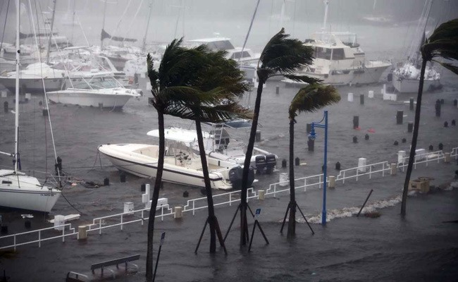 Tech Tips to be Safer During Hurricanes and Other Disasters